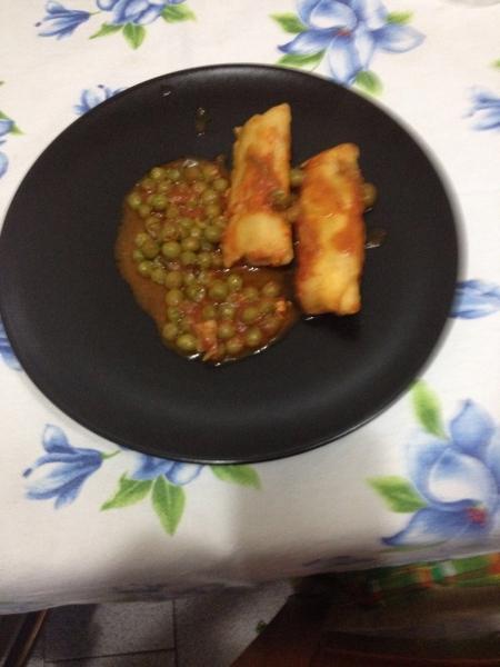 Merluzzo in rosso merluzzo in rosso cena a base di pesce for Pesce rosso costo